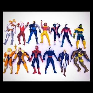 Lot of 13 super heroes